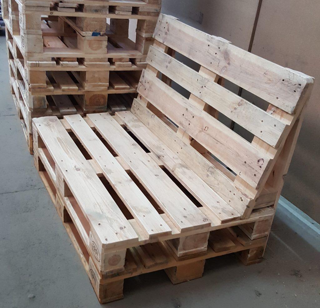 Mesas de jardin con palets latest muebles de palets para for Muebles cool